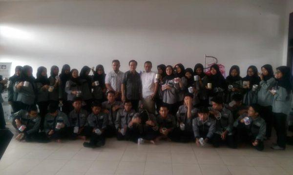 Workshop Printing Kreatif di SMKN 9 Bandung