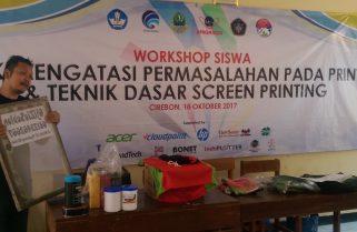 AXC Hadirkan Workshop Screen Printing Bagi Siswa SMK