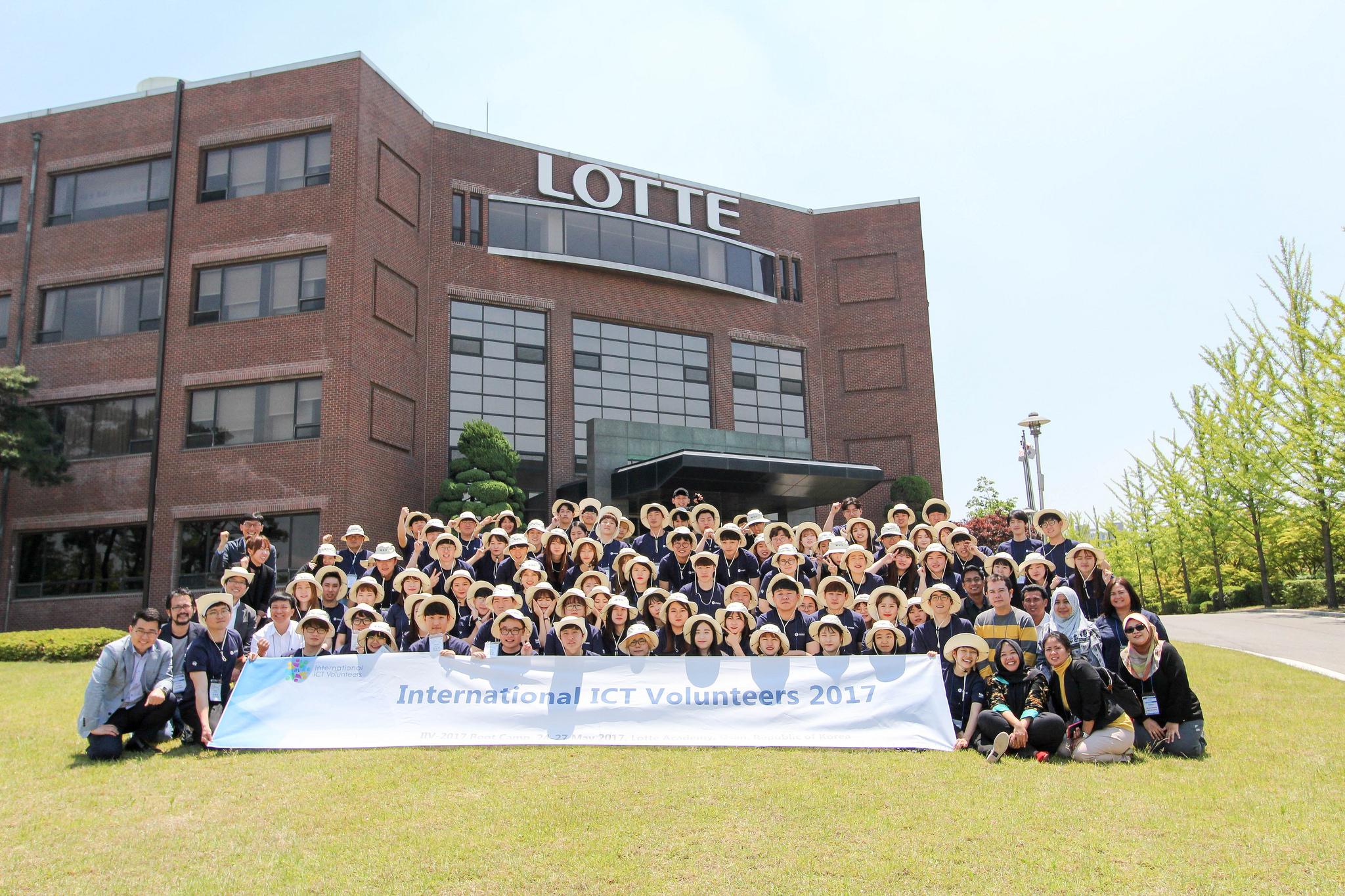 Bootcamp International ICT Volunteer 2017 Osan City-Korea Selatan